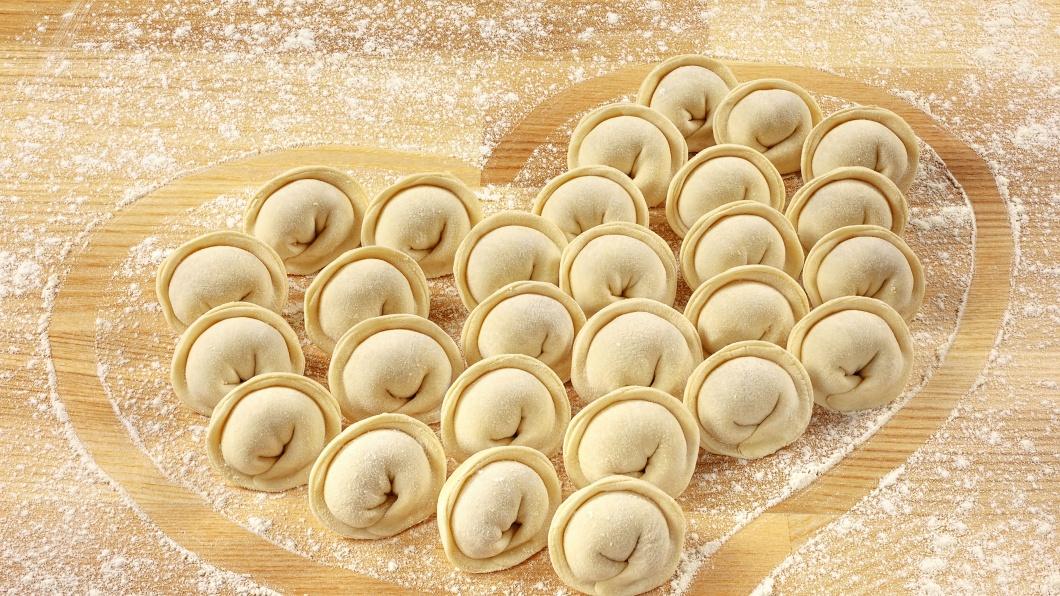 Flour_Pelmeni_Heart_512806_3840x2160